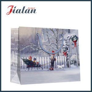 """Christmas Is Coming"" Ivory Paper Fashion Hand Gift Paper Bag pictures & photos"