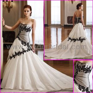 Taffeta Bridal Gowns Sweetheart Embroidery Black White Wedding Dress L33 pictures & photos