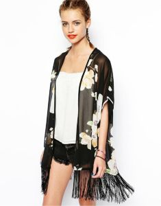 OEM Fashion Women Clothes Summer Tassel Women Jacket pictures & photos
