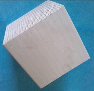 Cordierite Ceramic Honeycomb Porous Honeycomb Ceramic Heater for Rto pictures & photos