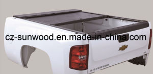 Retractable Hard Tonneau Cover pictures & photos
