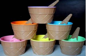 Yogurt and Ice Cream Cup pictures & photos