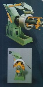 Hydraulic Automatic Decoiler pictures & photos