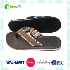 EVA Sole and PU Upper, Men′s Beach Slippers pictures & photos