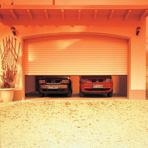 Automatic Roll up Garage Door pictures & photos
