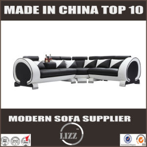 Lizz Furniture 2017 New Design Sectional Sofa pictures & photos