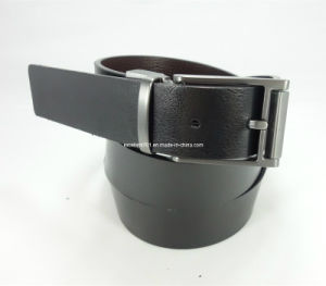 High-Quality Man Leather Belt with Reversible Buckle