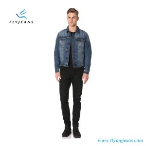 Men Denim Jacket with Contrast Stitching and Heavy Fading pictures & photos