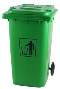China Supplier Green 240L Outdoors Dustbin with Wheel pictures & photos