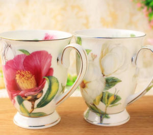 China Flower Design Couples Cup Classical Porcelain Cup Ceramic Cup pictures & photos