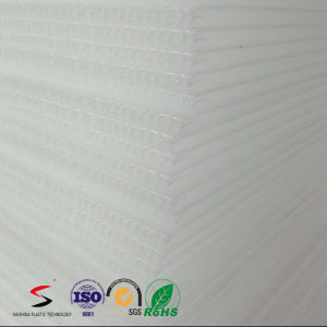 "4mm Translucent 18"" X 24"" Corrugated Plastic Coroplast Sheets pictures & photos"