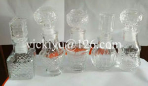 Red Wine Decanter, Sherry Glass Decanter with Glass Hollow Stopper pictures & photos