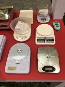 New Kitchen Food Diet 5 Kg Digital LCD Electronic Precise Postal Weight Scale pictures & photos