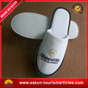 Comfortable Closed Toe Disposable Airline Slippers pictures & photos