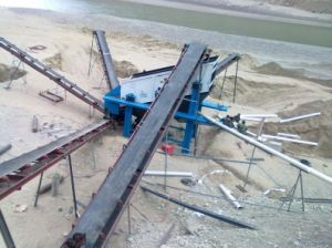 Impact Crusher with Solid Construction pictures & photos