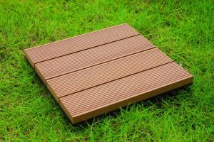 Interlocking WPC Outdoor Decking Tiles with CE Approved pictures & photos