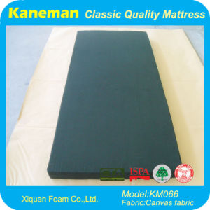 China Wholesale Custom Rolled Amry Foam Mattress pictures & photos