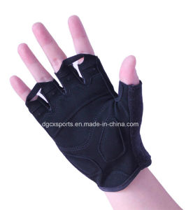 Gym Sport Glove with Half Finger pictures & photos