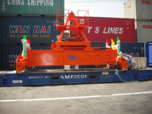 Hydraulic Rotation Container Spreader pictures & photos