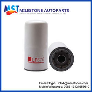 Filtertruck Filter Factory Suppliy Oil Filter for Volvo Lf670 pictures & photos