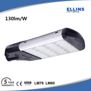 Outdoor 100W 150W Lumileds Solar LED Street Light 130lm/W pictures & photos