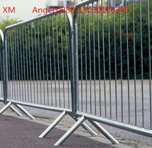 Hot Dipped Galvanized Portable Crowd Control Barrier pictures & photos