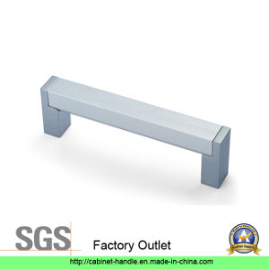 Factory Furniture Kitchen Cabinet Hardware Door Pull Handle (Z 021) pictures & photos