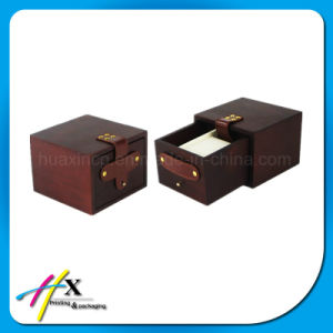 2017 Hot-Selling Luxury Black Matt Lacquered Wooden Watch Box pictures & photos