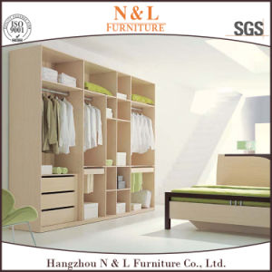 Wood Bedroom Furniture Walk-in Wooden Wardrobe with Melamine Finished pictures & photos