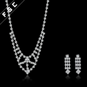 Fashion Vintage Necklace Earring Wedding Jewelry Set in Crystal pictures & photos