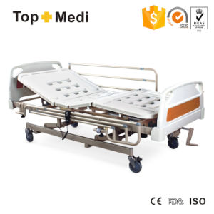 Topmedi Economic Folding and Detachable Panel Manual and Electrical Hospital Bed pictures & photos