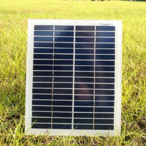 Grade a Low Price 20W Solar Panel Made in China pictures & photos
