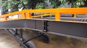 Dcqy 6 Ton Mobile Dock Ramp pictures & photos