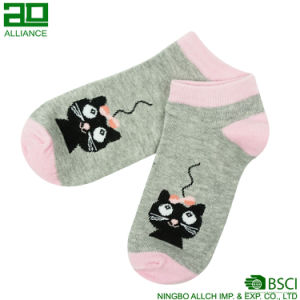 Cat Pattern Wholesale Athletic Cotton Ankle Socks pictures & photos