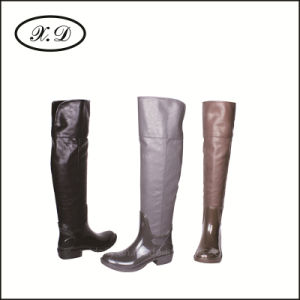 Fashion Rain Woman Boots with High Upper pictures & photos