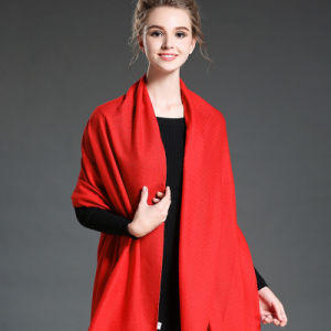 Women in Winter to Keep Warm Plain Red Polyester Scarf pictures & photos