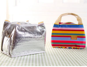 Fashion Thermal Insulation Striped Lunch Bag (54048) pictures & photos