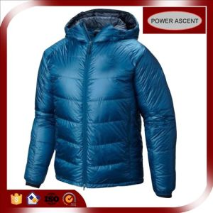 2015 Mens Ultra Light Technical Breathable Winter Down Jacket pictures & photos