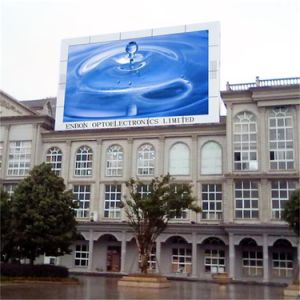 P10 SMD3535 Commercial LED Display on The Top of Building pictures & photos