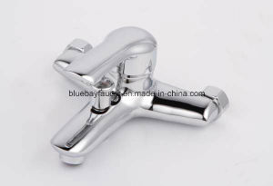 Hot Sale in Canada Floor Standing Bathtub Faucet pictures & photos