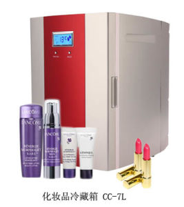 Electronic Mini Fridge 7liter AC100-240V for Storing Cosmetic Use pictures & photos