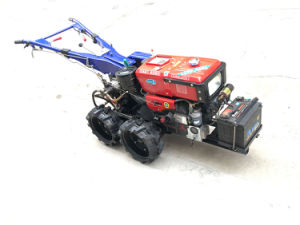 Mini 4-Wheeled Walking Tractor pictures & photos