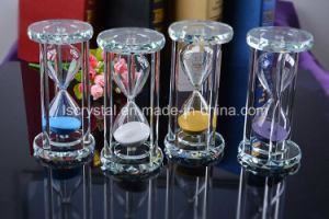 Colorful Crystal Hourglass Glass Sandclock for Home Decors Birthday Gifts pictures & photos