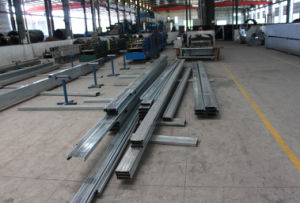 Galvanized Steel Roof Purlin C Steel Beam pictures & photos