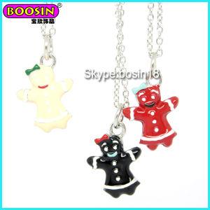 Wholesalecustom Metal Alloy Silver Enamel Gingerbread Man Charm Necklace pictures & photos