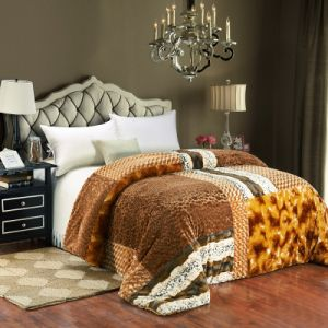 2015 Hot-Selling Patchwork Quilt Bedding Set (SH15111)