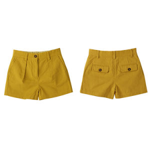 Fashion Well-Fitting Yellow Cotton Girls Short Pants for Summer pictures & photos