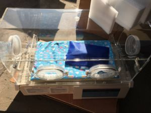 H-800 Medical Equipment Qualified & Cheap Infant Incubator pictures & photos