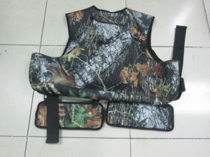 Camouflage Hunting Fishing Outdoor Vest pictures & photos