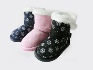 Child′s Warm Soft Snow Boots for Winter pictures & photos